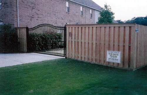 Bob Davis Fences Gates and Gate Operators