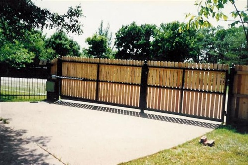PRF1 Double Gate (Small)